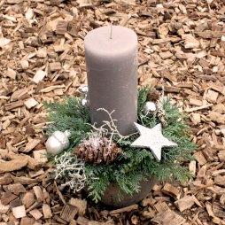 3. Kerzengesteck